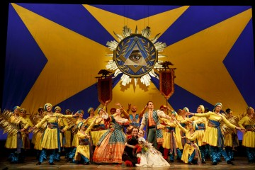 Photo: Bruce Zinger / The Company of The Magic Flute (2013).