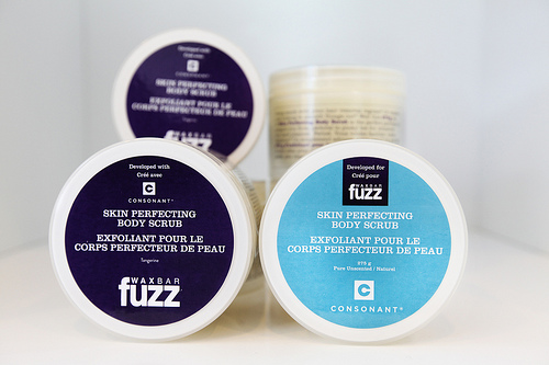 Fuzz Consonant Skin Perfecting Body Scrub
