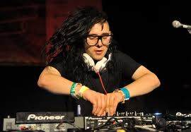 Skrillex mixes it up DUBSTEP style