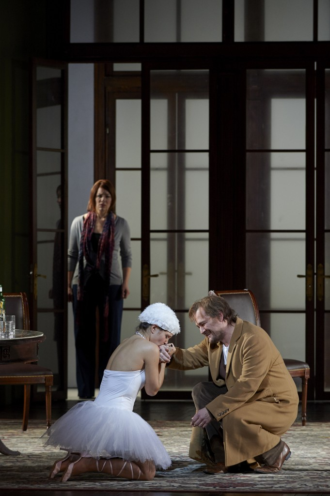 (l-r) Jennifer Holloway as Donna Elvira (in background), exudes the pain she feels while Sasha Djihanian as Zerlina adds whimsy to the role and Russell Braun as Don Giovanni gives a superb performance.