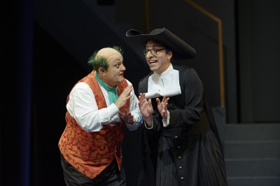 as Don Basilio in the Canadian Opera Company production of The Barber of Seville, 2015. Conductor Rory Macdonald, director Joan Font, set and costume designer Joan Guillén, choreographer Xevi Dorca and lighting designer Albert Faura. Photo: Michael Cooper Michael Cooper Photographic Office- 416-466-4474 Mobile- 416-938-7558 66 Coleridge Ave. Toronto, ON M4C 4H5