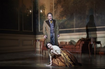 La Traviata's Quinn Kelsey as Germont and Ekaterina Siurina as Violetta.