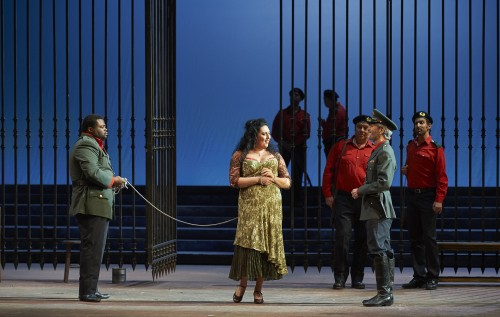 Carmen opera review: (l-r) Russell Thomas as Don José, Anita Rachvelishvili as Carmen and Alain Coulombe as Zuniga in the Canadian Opera Company production of Carmen, 2016, photo: Michael Cooper