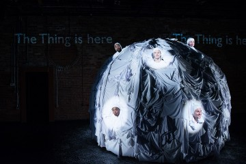 Das Ding thing theatre review