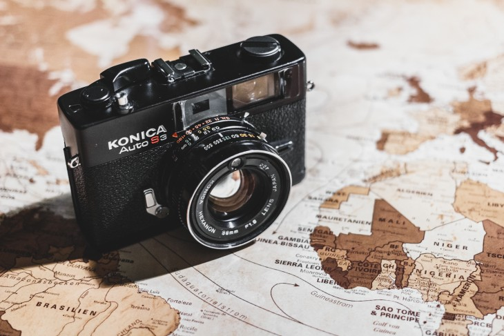 Travel with Camera at center