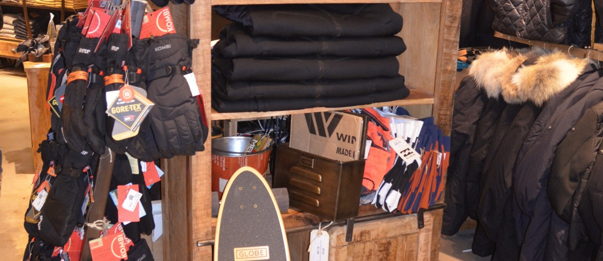Neon Clothing - Skater Life