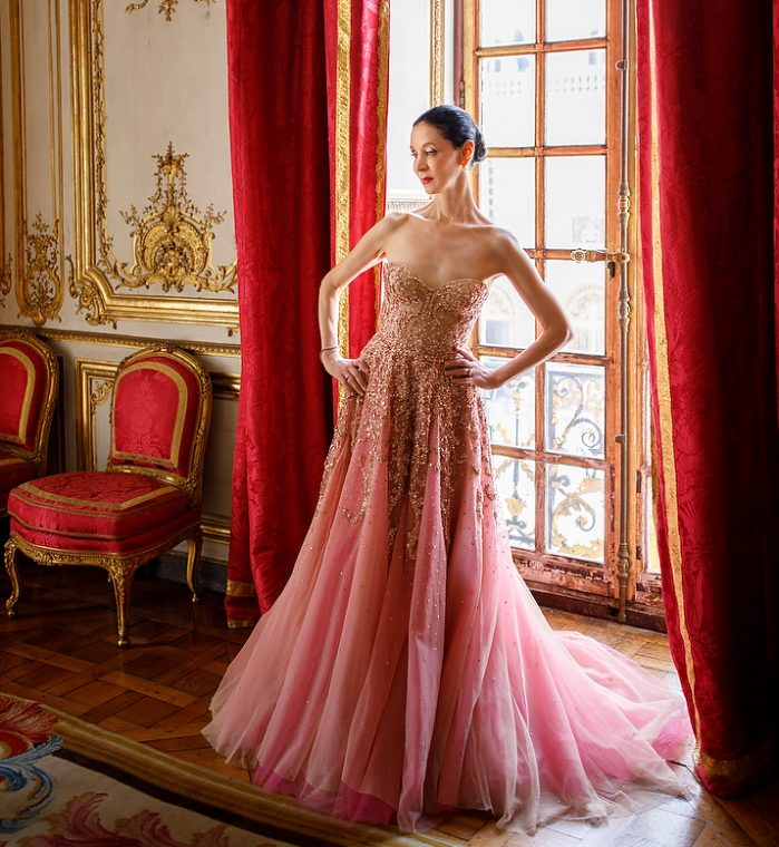 Opera Atelier, Jeannette Lajeunesse Zingg in Reem Acra, Private Rooms of Marie Antoinette, Palace of Versailles. TheSceneinTO.com. Photo: Bruce Zinger